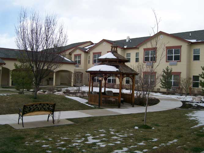 Mountain Ridge Assisted Living - South Ogden, UT - Courtyard
