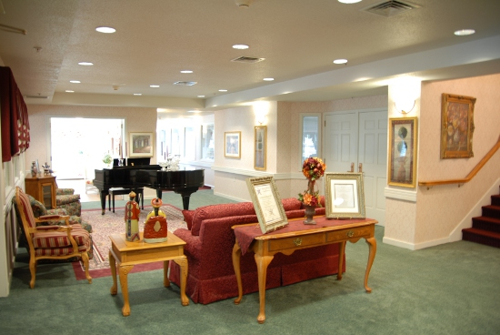 Newhaven Court at Lindwood, PA - Lobby