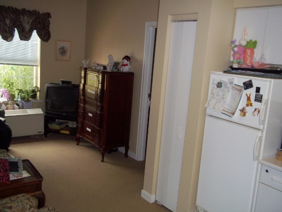 Newhaven Court at Lindwood, PA - Apartment