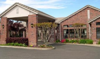 Oakwood Village - Auburn, CA - Exterior