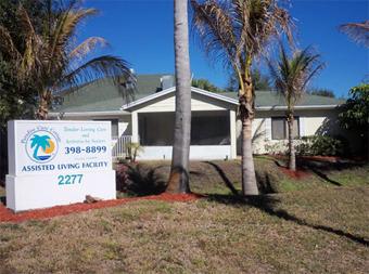Paradise Care Cottage - Saint Lucie, FL - Exterior