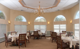Plymouth Crossings - Plymouth, MA - Dining Room