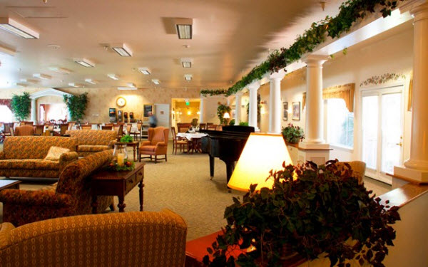 Prestige Assisted Living at Autumn Wind - Caldwell, ID - Lounge