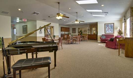 Good Ravenwood Assisted Living Springfield Mo Lounge Area
