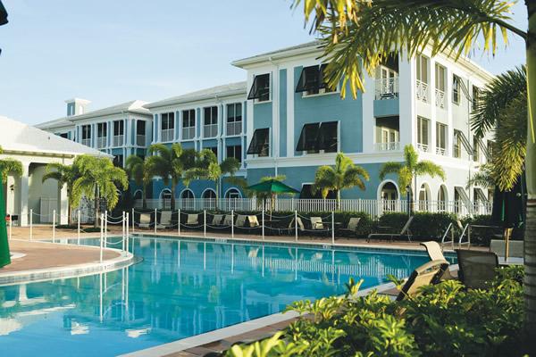 Regency Park - Vero Beach, FL - Swimming Pool