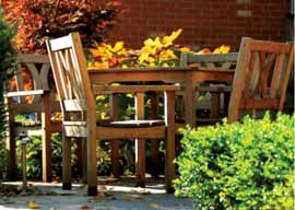 Revere Court Memory Care - Sacramento, CA - Outdoor Table