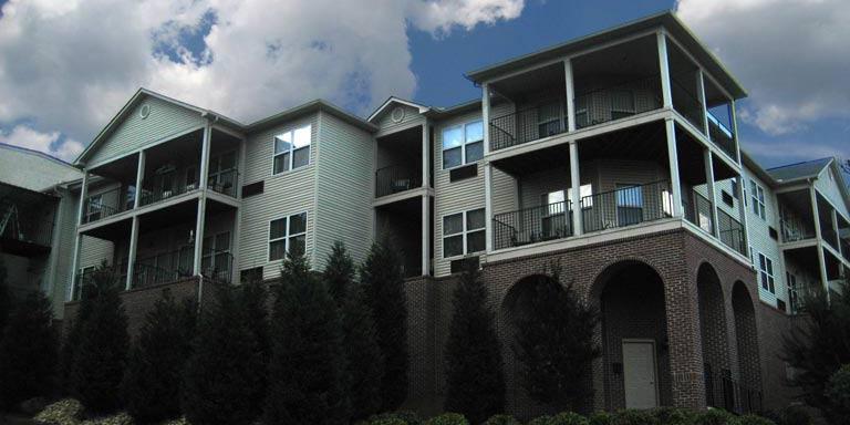 River Oaks Place - Lenoir City, TN - Exterior