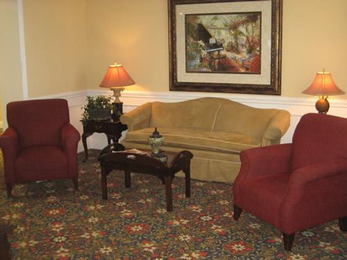 River Oaks Place - Loudon, TN - Lounge