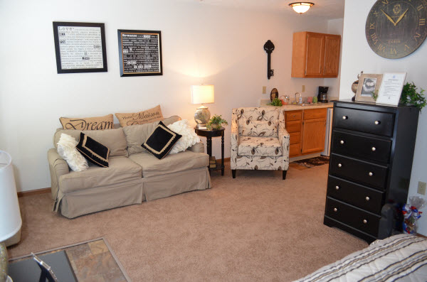 Rosegate Assisted Living and Garden Homes - Indianapolis, IN - Apartment