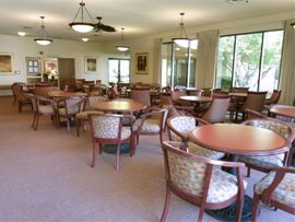 Roseville Commons, CA - Dining Room
