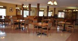 Salem Crossing - Salem, IN - Dining Room