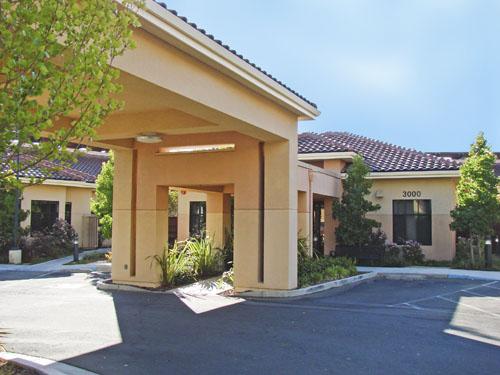 Saratoga Retirement Community Memory Care - Saratoga, CA