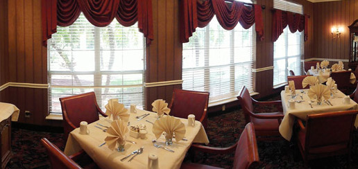 Savannah Court and Cove of the Palm Beaches - West Palm Beach, FL - Dining Room