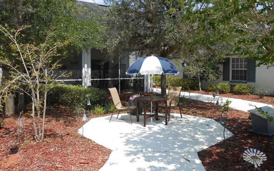 Savannah Court of Orange City - Orange City, FL - Patio