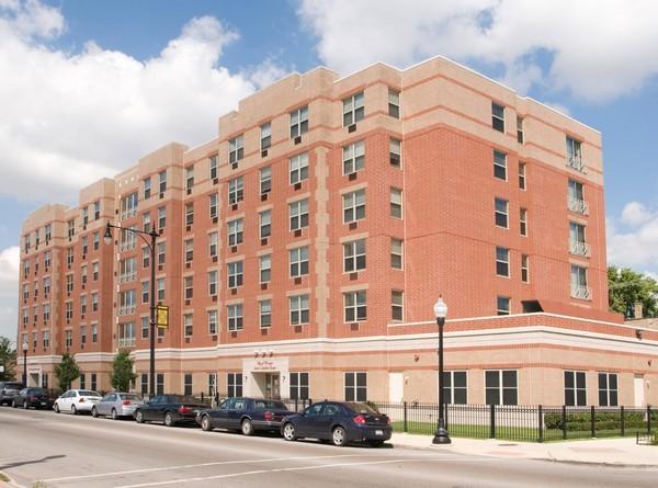Senior Suites of Auburn Gresham - Chicago, IL - Exterior