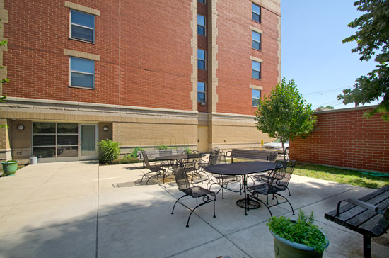 Senior Suites of Bridgeport - Chicago, IL - Patio