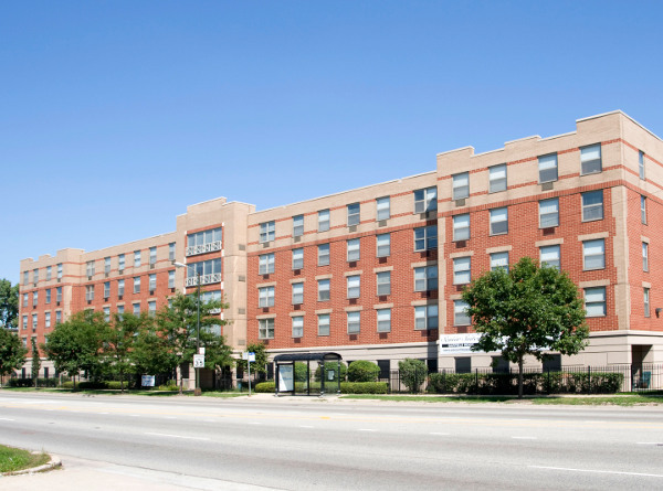 Senior Suites of Garfield Ridge - Chicago, IL - Exterior