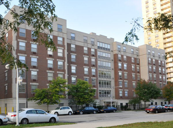 Senior Suites of South Shore - Chicago, IL - Exterior