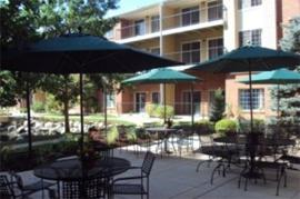 Springbrooke - Denver, CO - Courtyard