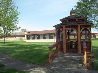 Stephenson Nursing Center - Freeport, IL - Exterior