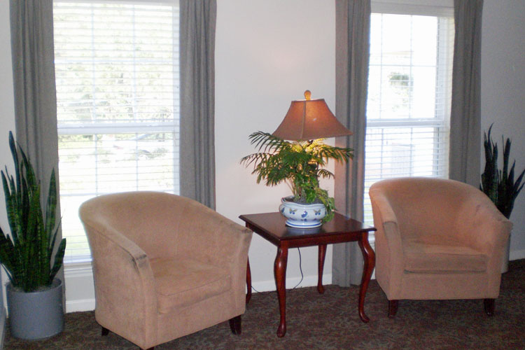Tallahassee Memory Care - Tallahassee, FL - Living Room