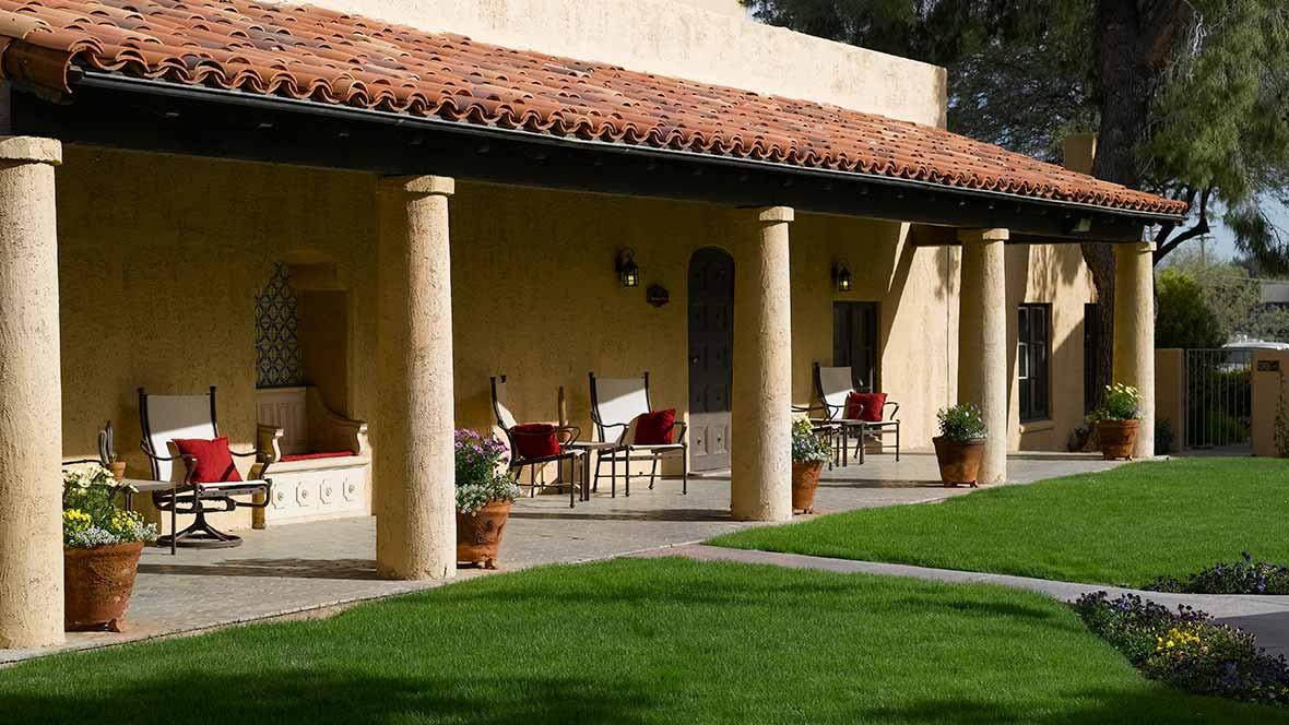 Atria Bell Court Gardens - Tuscon, AZ - Fountain