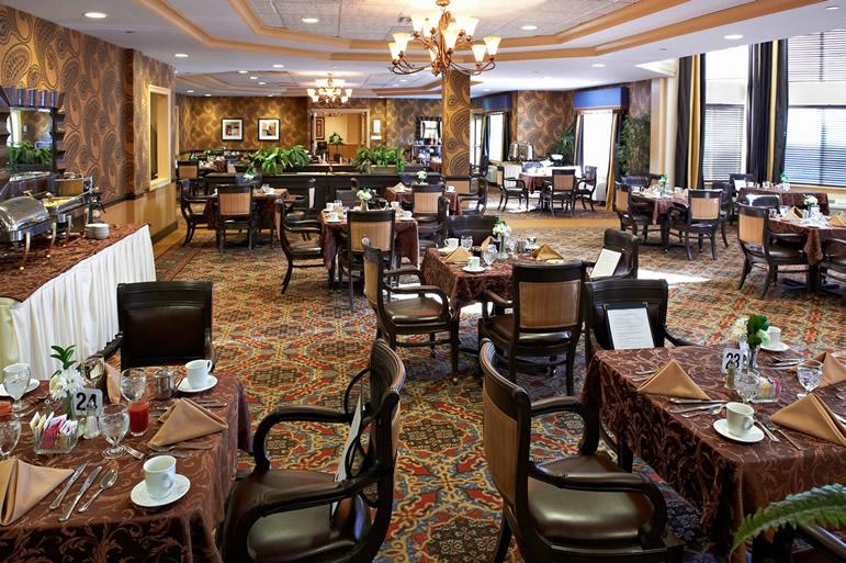 The Bristal at Massapequa, NY - Dining Room