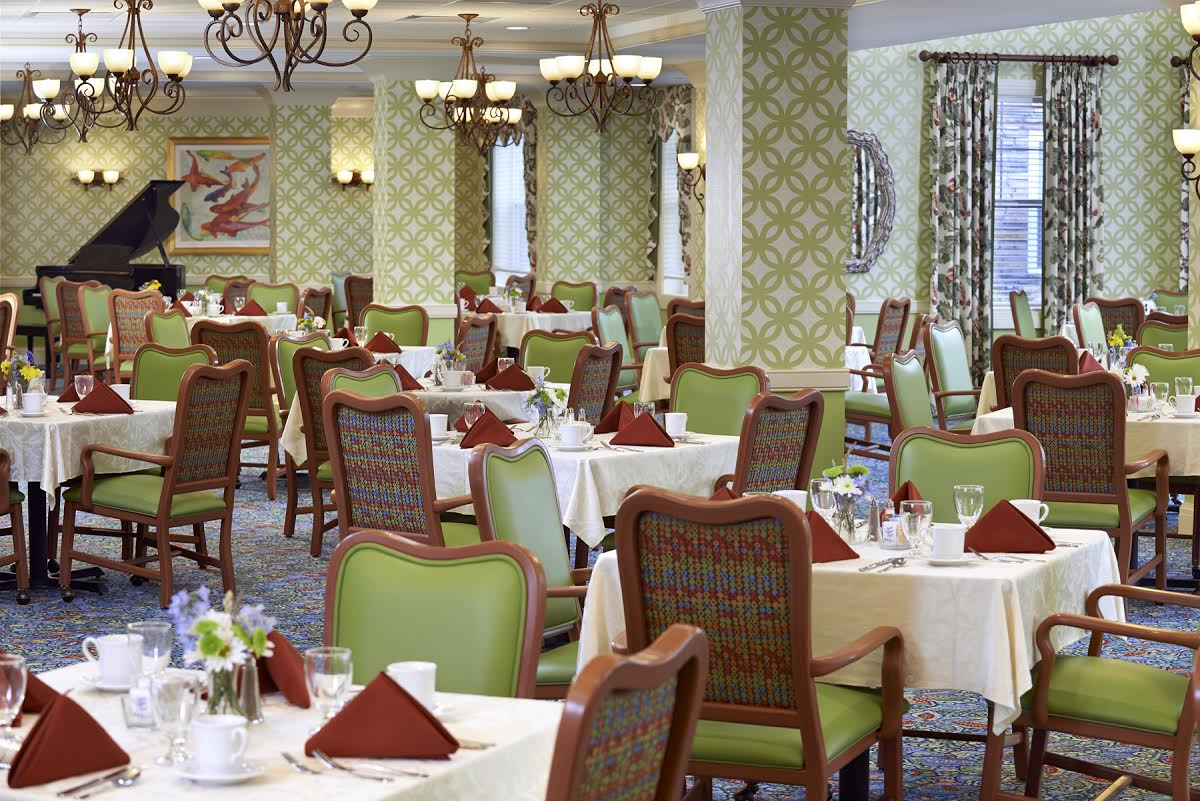 The Bristal at Sayville, NY - Dining Room