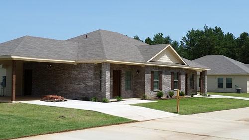 The Oaks Independent Apartments - Texarkana, TX