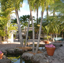The Palace Gardens - Homestead, FL - Courtyard