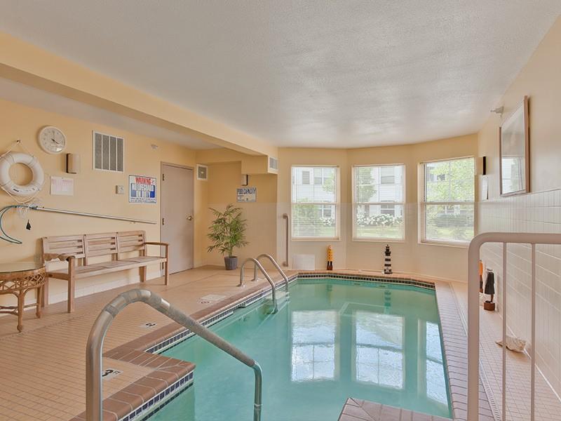 The Rivers - Burnsville, MN - Pool