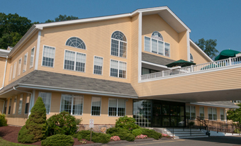 The Village at Brookfield Common - Brookfield, CT - Exterior