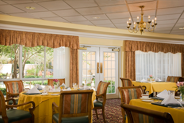 Vi at Lakeside Village - Lantana, FL - Dining Room