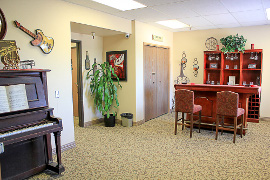 Gladding Ridge Assisted Living & Memory Care Community - Lincoln, CA - Activity Room
