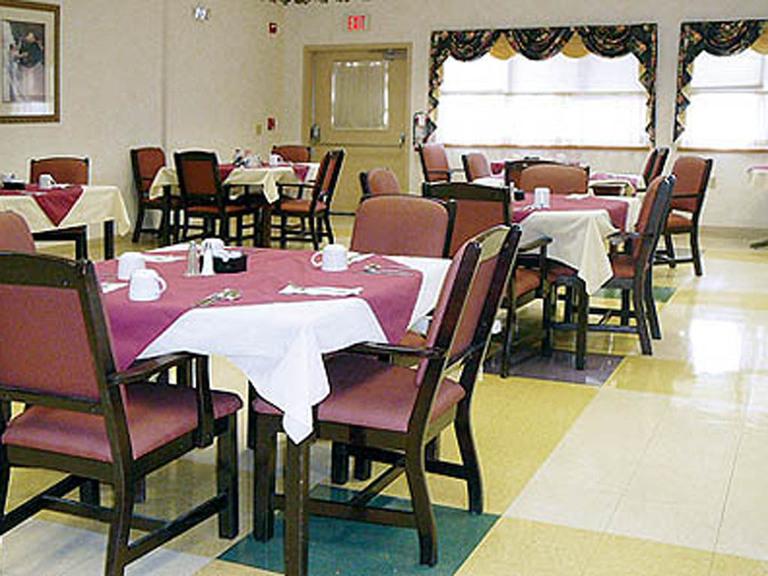 Vintage Knolls - Danville, PA - Dining Room