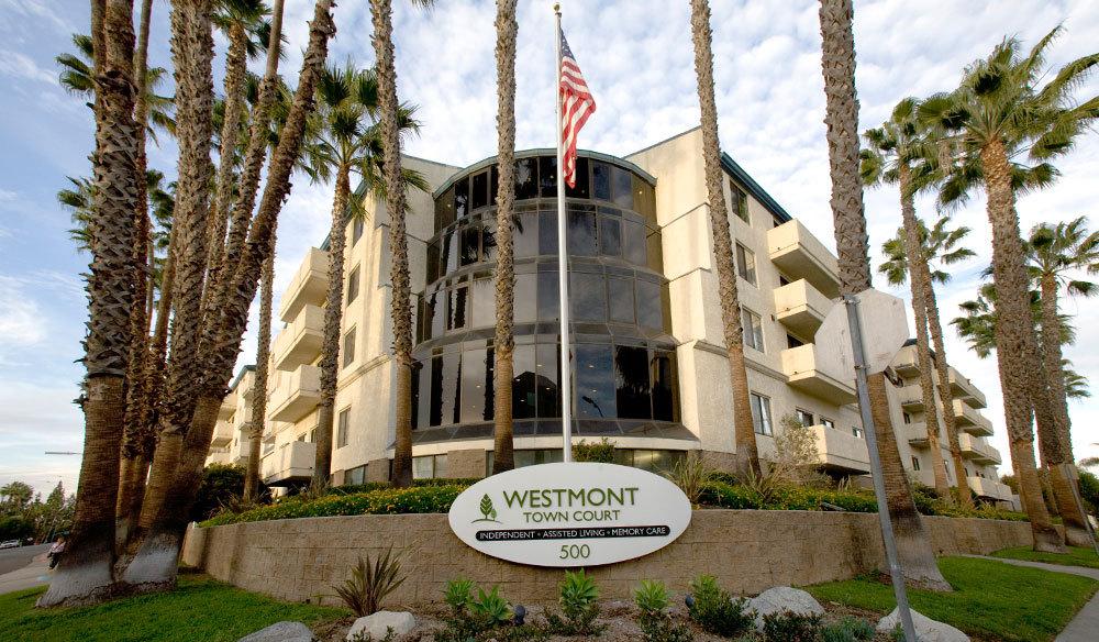 Westmont Town Court - Escondido, CA - Exterior