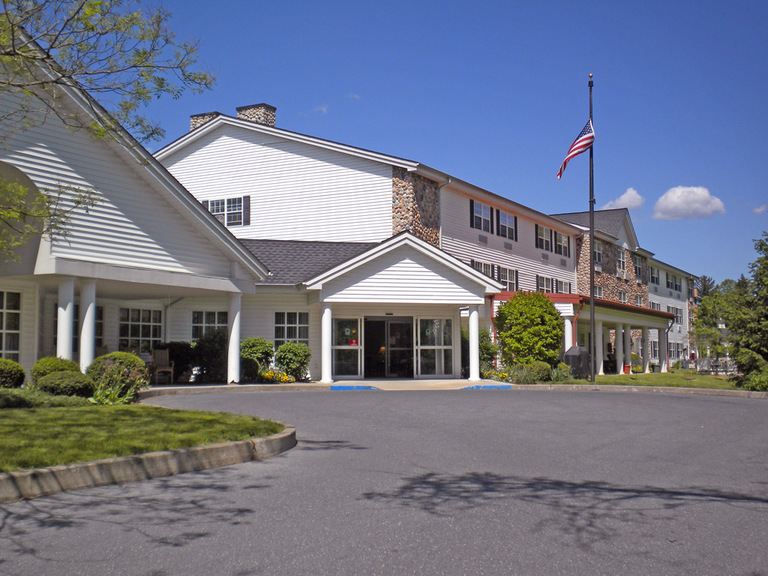 Woodland Terrace at the Oaks - Allentown, PA - Exterior