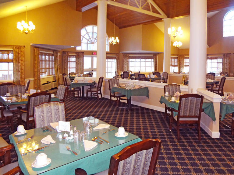 Woodland Terrace at the Oaks - Allentown, PA - Dining Room