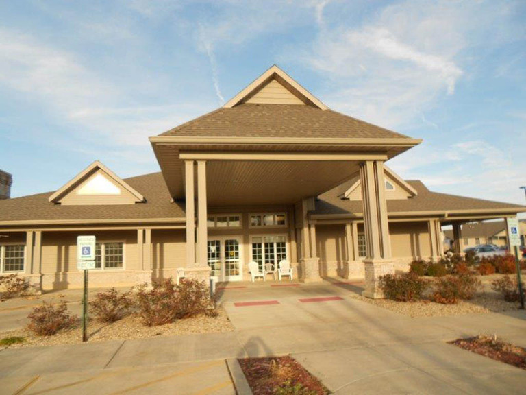 Wyndcrest Assisted Living - Rochester, IL - Exterior